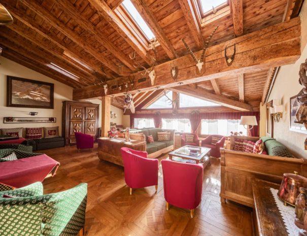 lounge - hotel cervinia vicino piste da sci