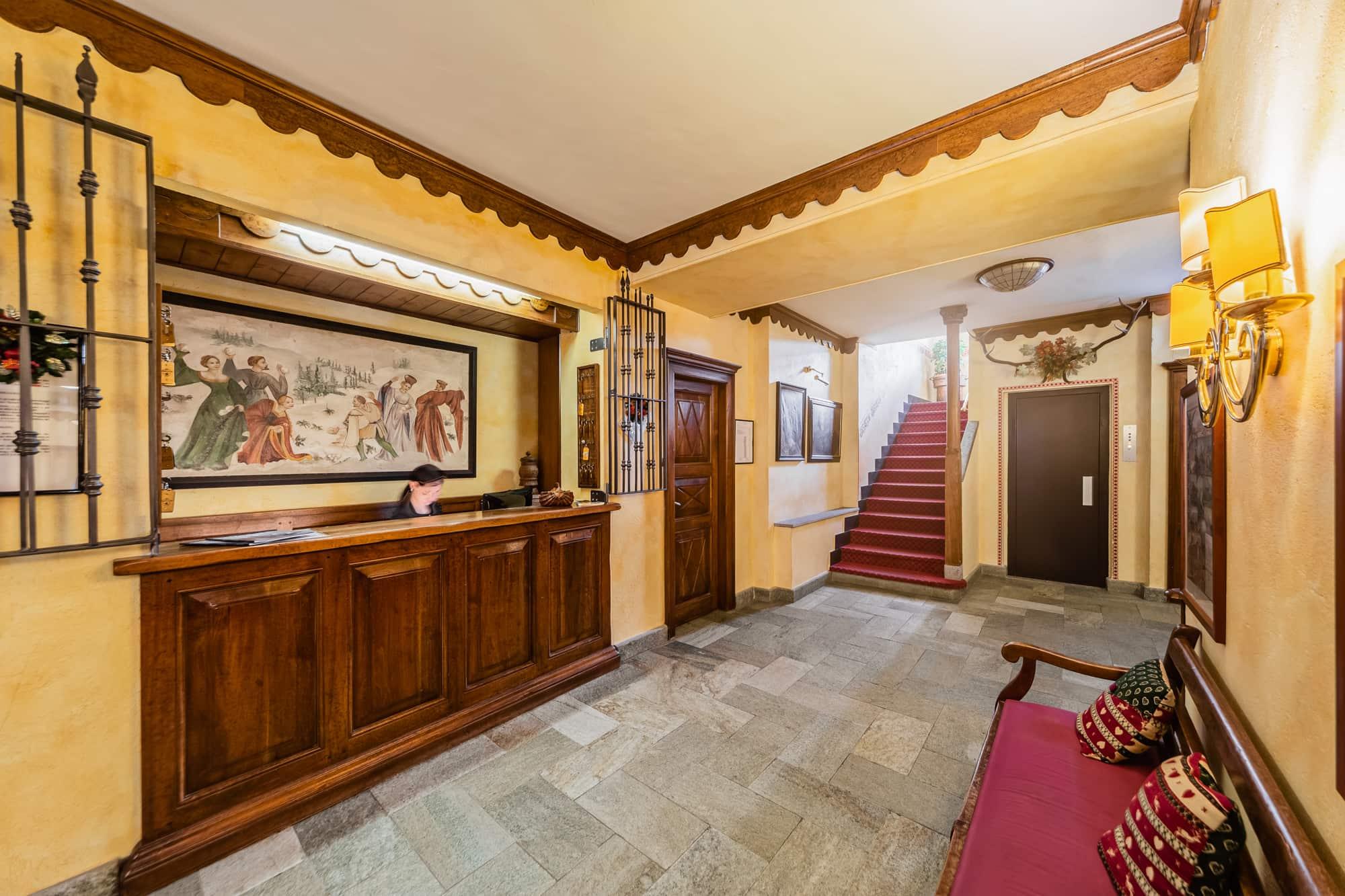 reception - hotel cervinia vicino piste da sci