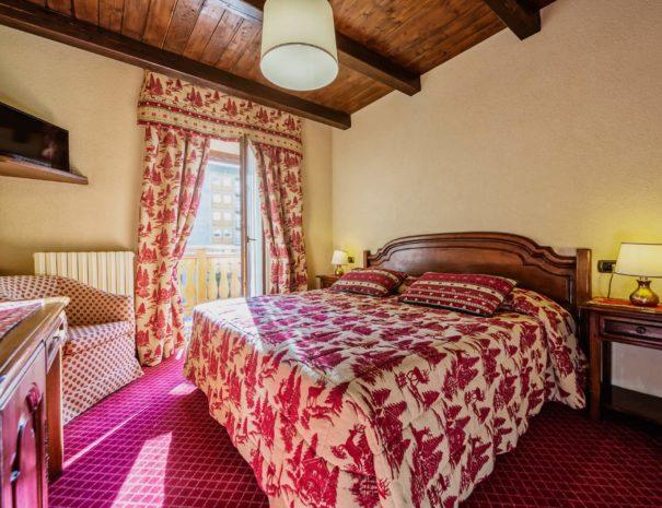 camera matrimoniale superior - jumeaux hotel tre stelle cervinia